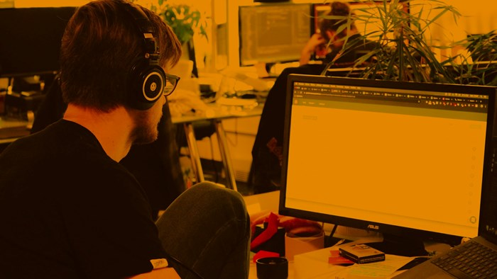 The best music playlists and genres for coworking spaces