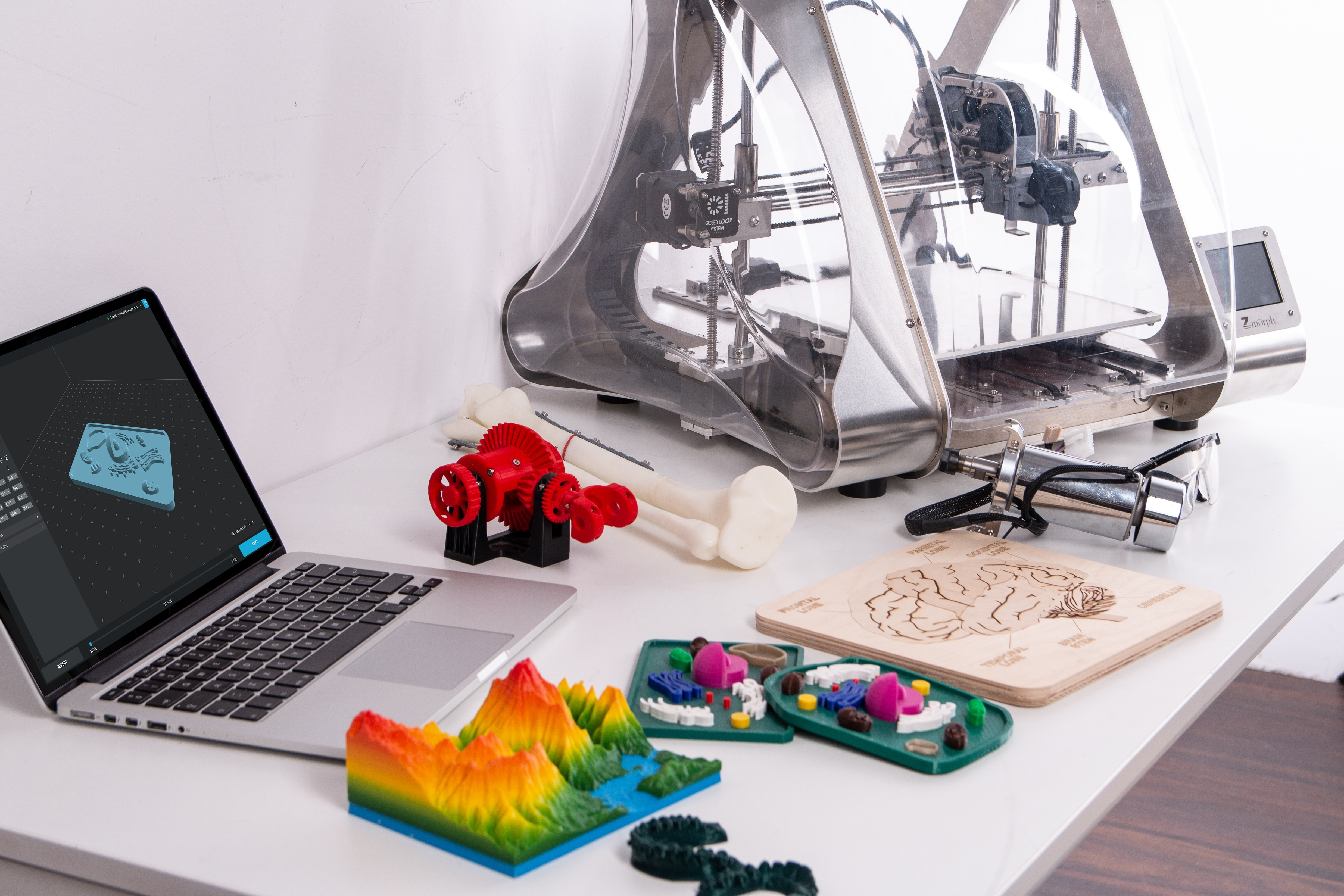 coworking_space_startups_3d_printing_machine